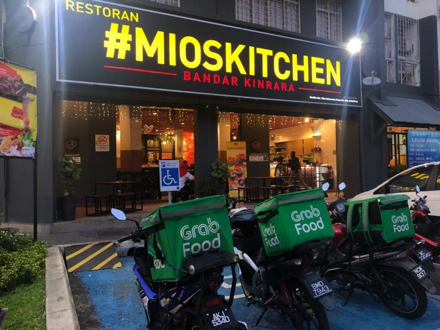 MIOSKITCHEN SHAH ALAM FOOD DELIVERY IS NOW AVAILABLE IN GRABFOOD AND FOODPANDA!!